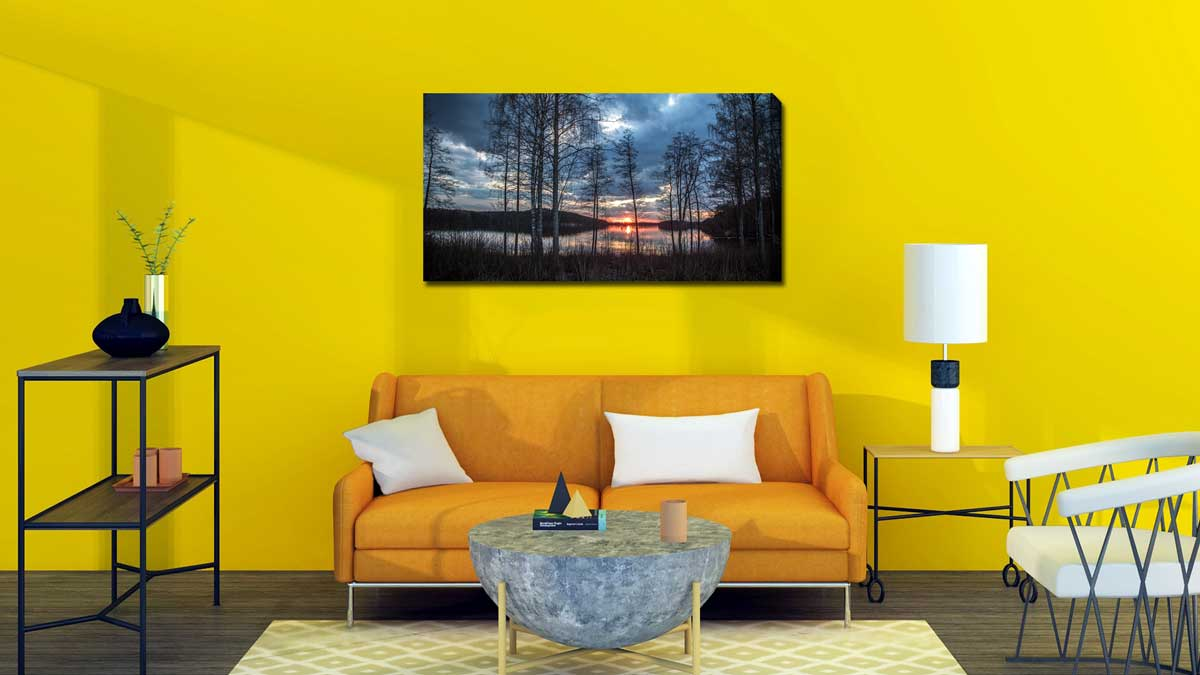 How to hang canvas?